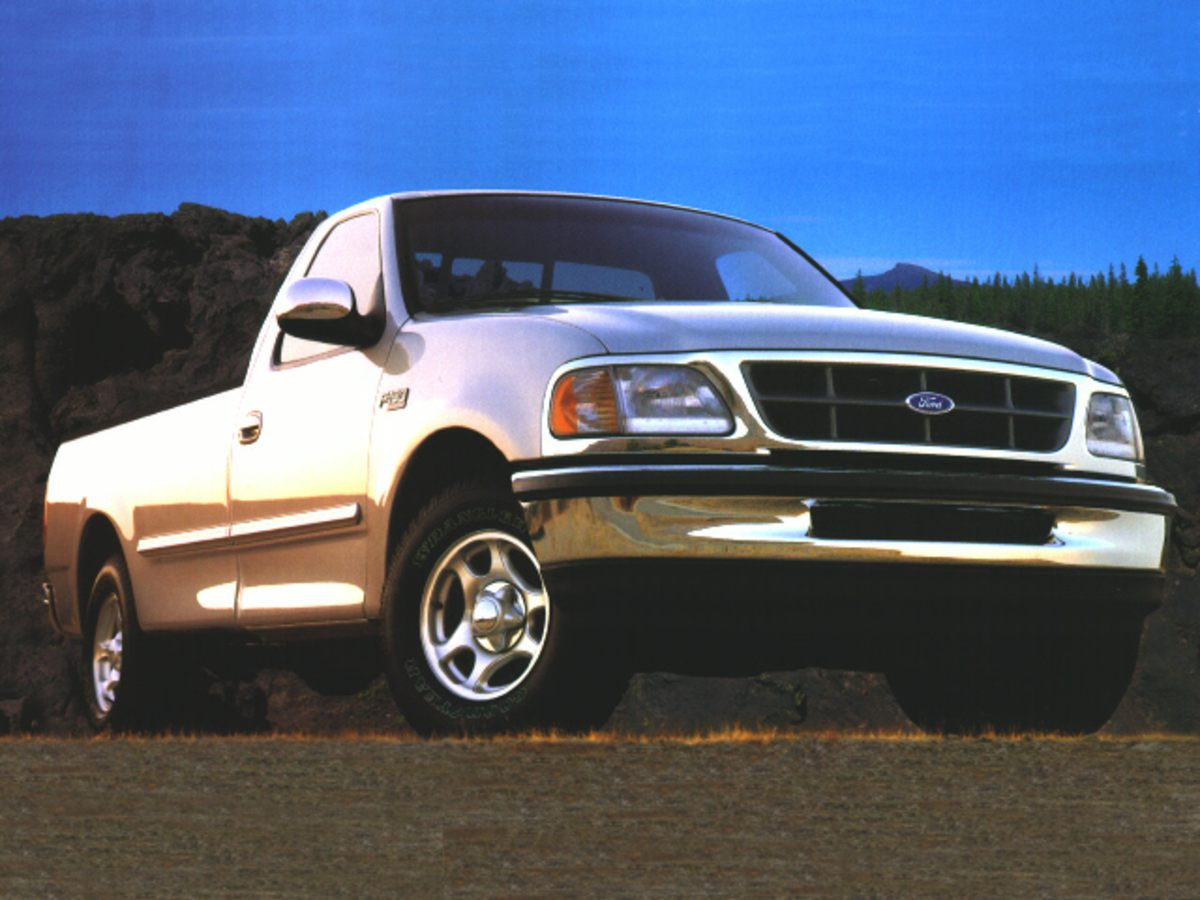 Pre-Owned 1997 Ford F-150 XL